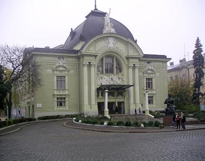 chv_theatre.jpg